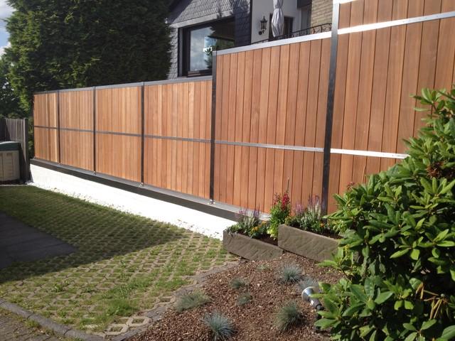 contemporary garden fencing ideas photo - 9
