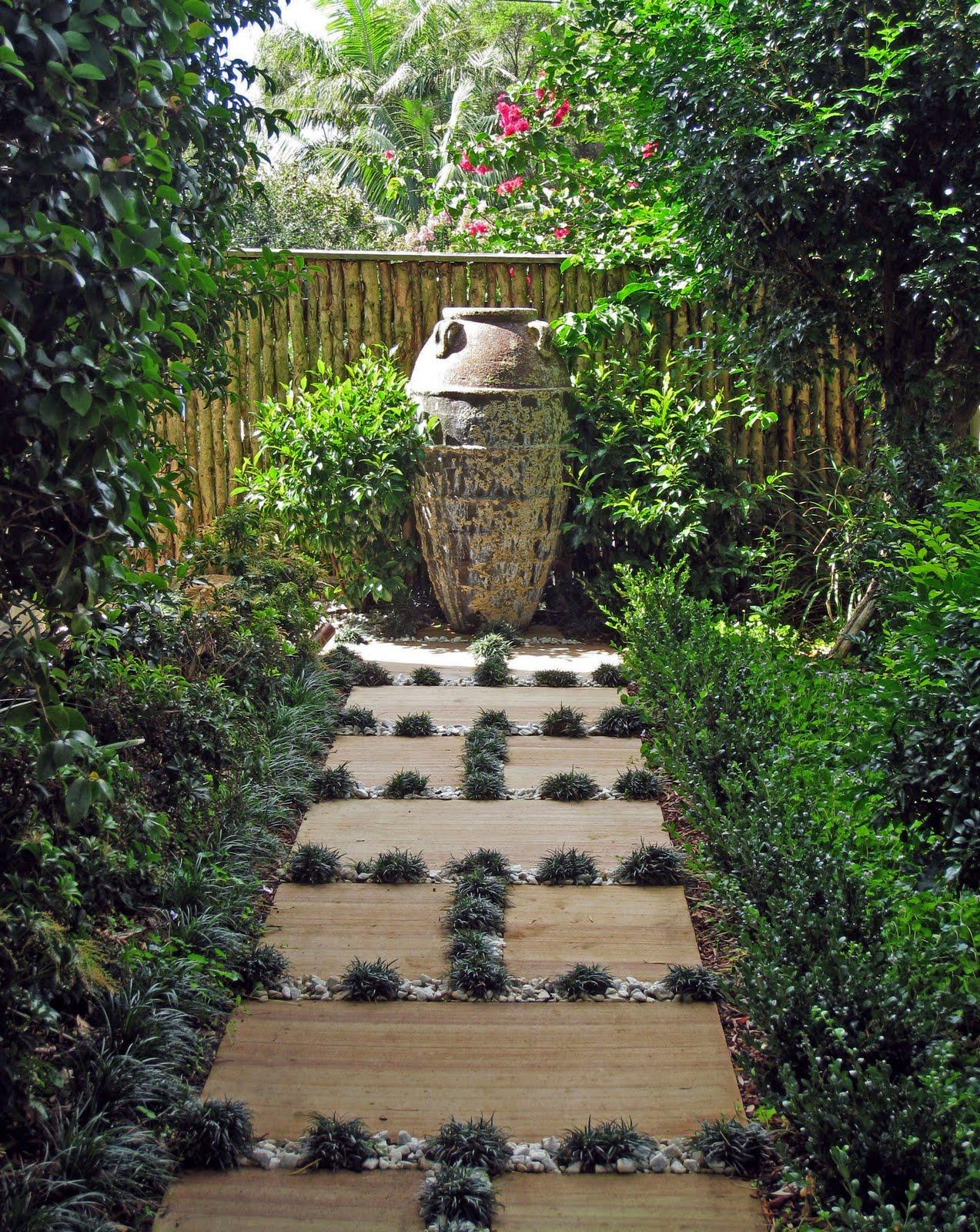 contemporary garden path ideas photo - 10