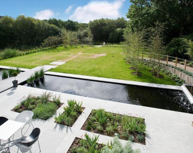 contemporary garden pond ideas photo - 8