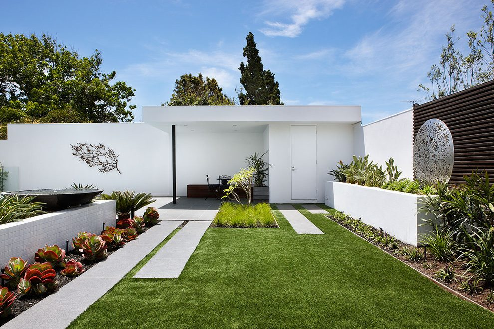contemporary garden wall ideas photo - 10