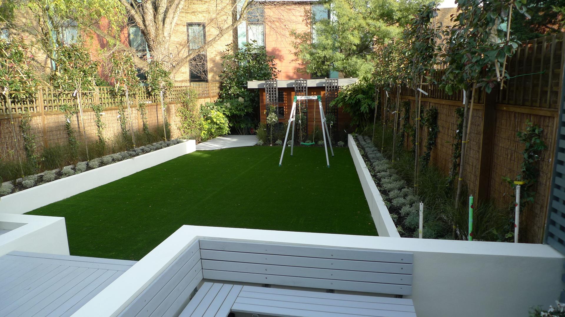 contemporary garden wall ideas photo - 7