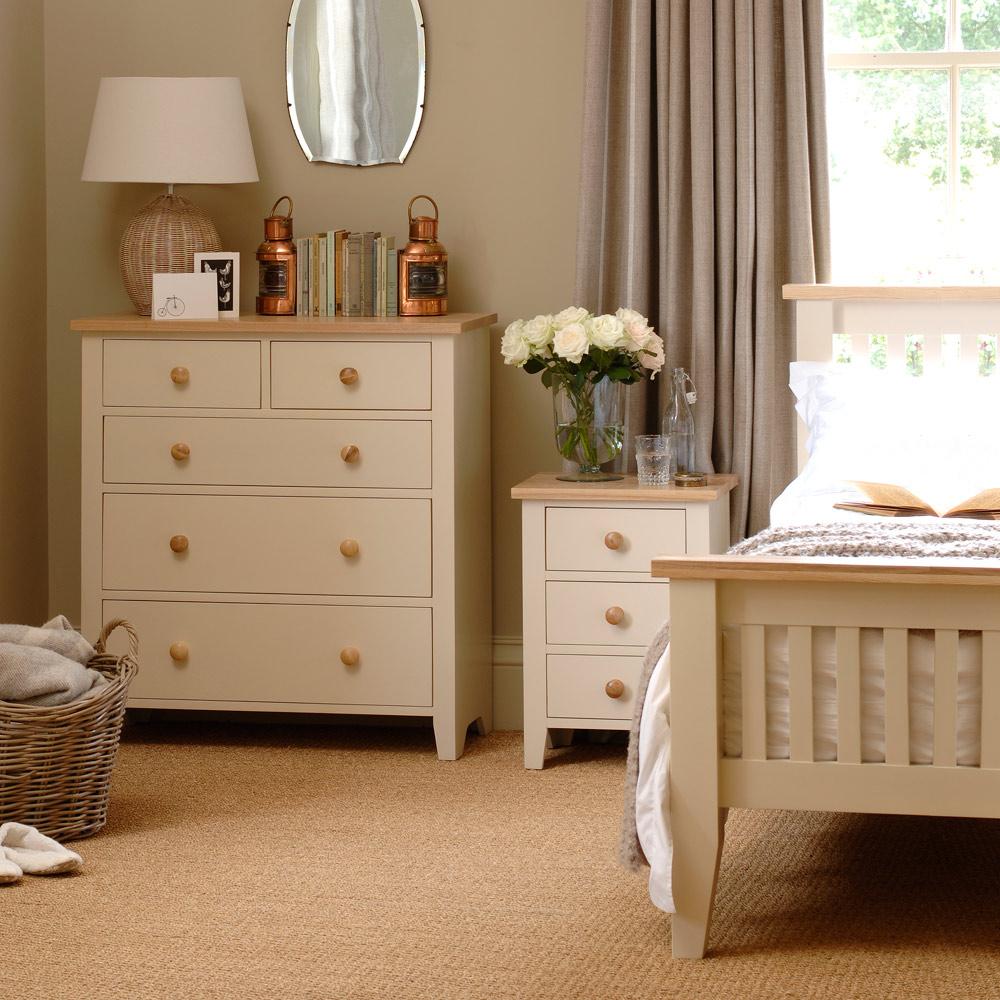 cream bedroom furniture ideas photo - 9