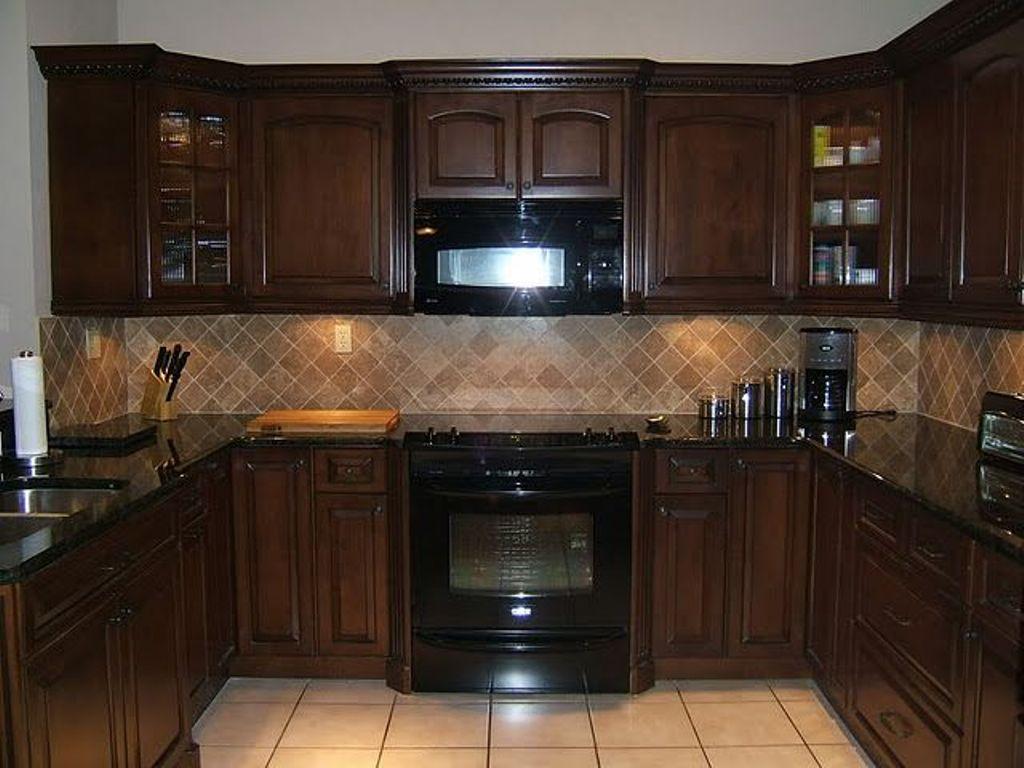 dark cabinet kitchen backsplash photo - 10