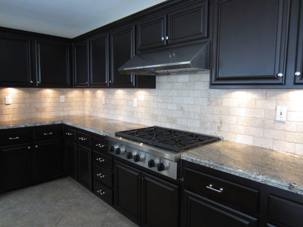 dark cabinet kitchen backsplash photo - 8