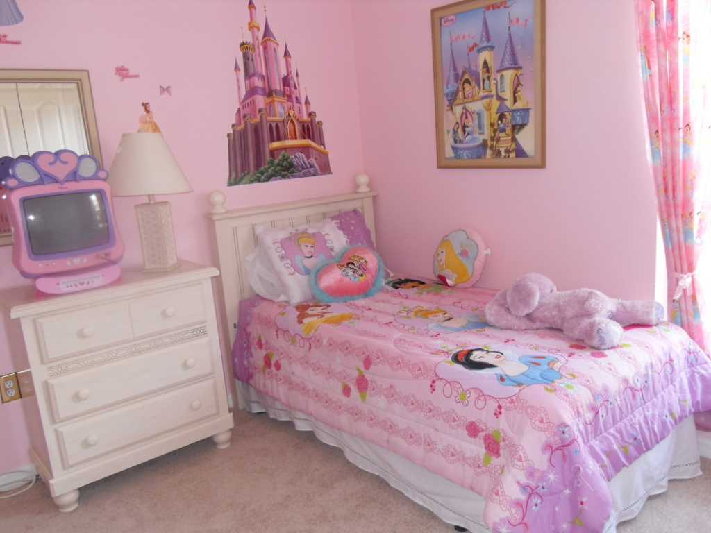 decorating a little girlメs room ideas photo - 9