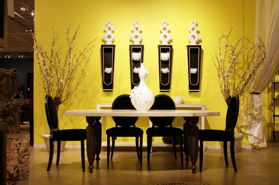 decorating a room with white furniture photo - 9