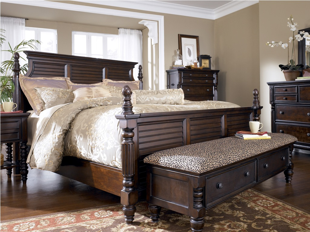 elegant traditional bedroom furniture photo - 6