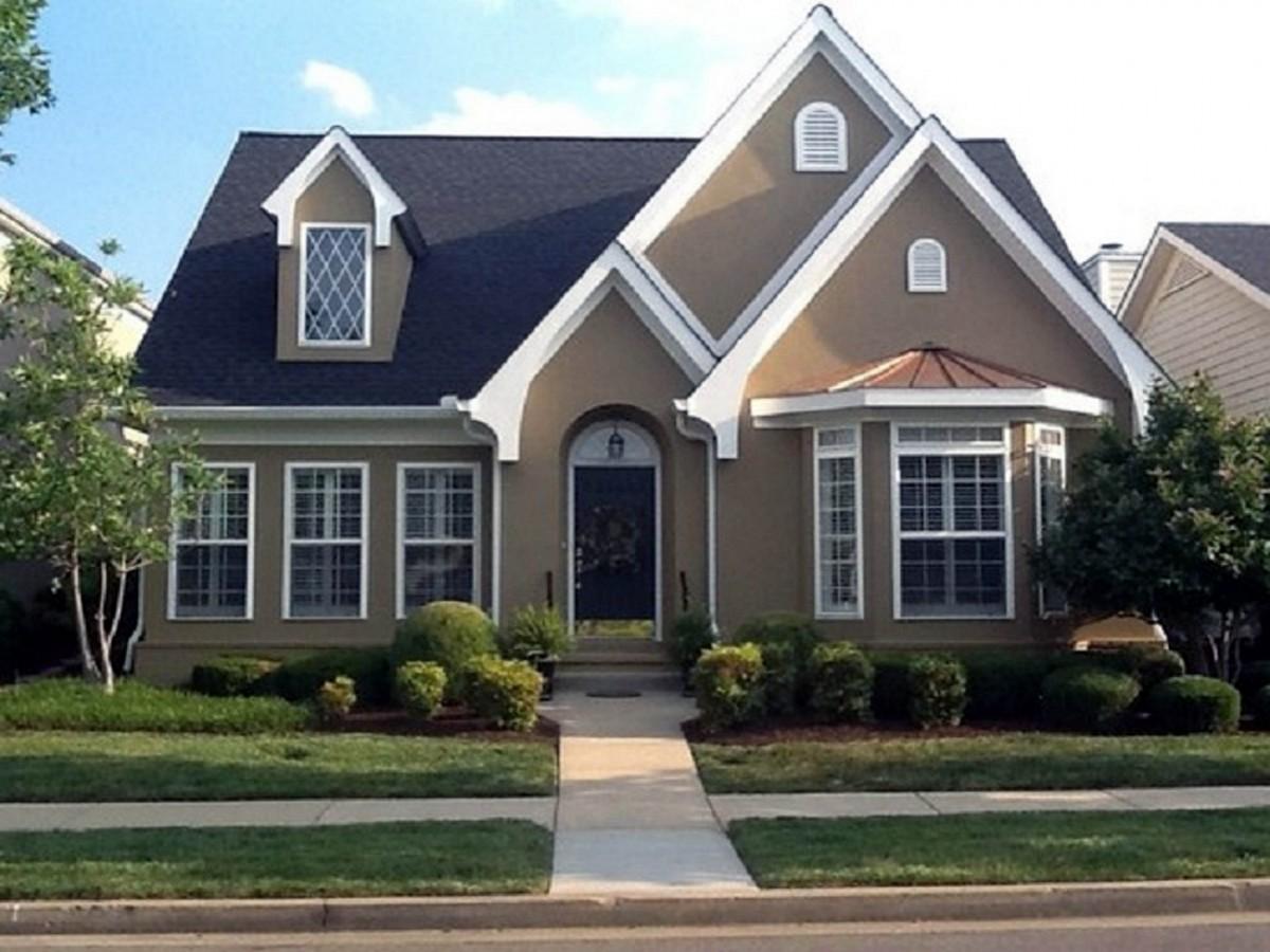 Exterior paint colors brick homes | Hawk Haven
