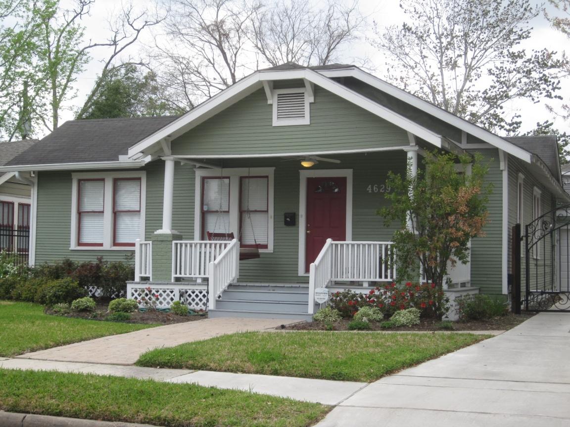 exterior paint colors bungalow photo - 10