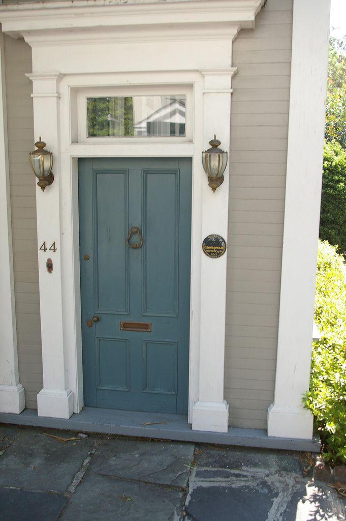exterior paint colors doors photo - 8