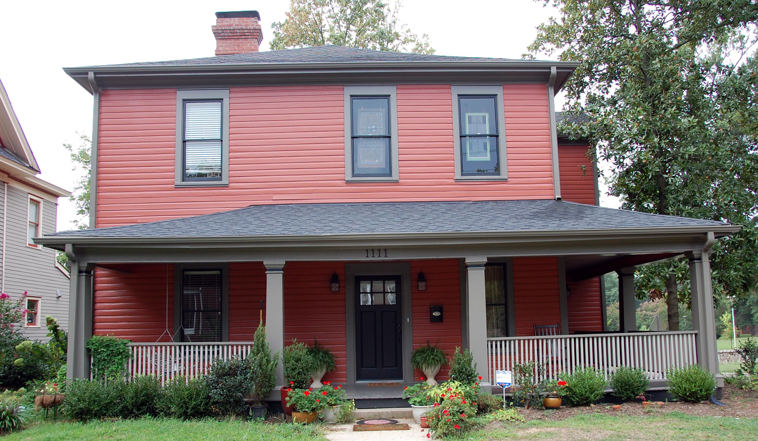 Charmant Exterior Paint Colors Red