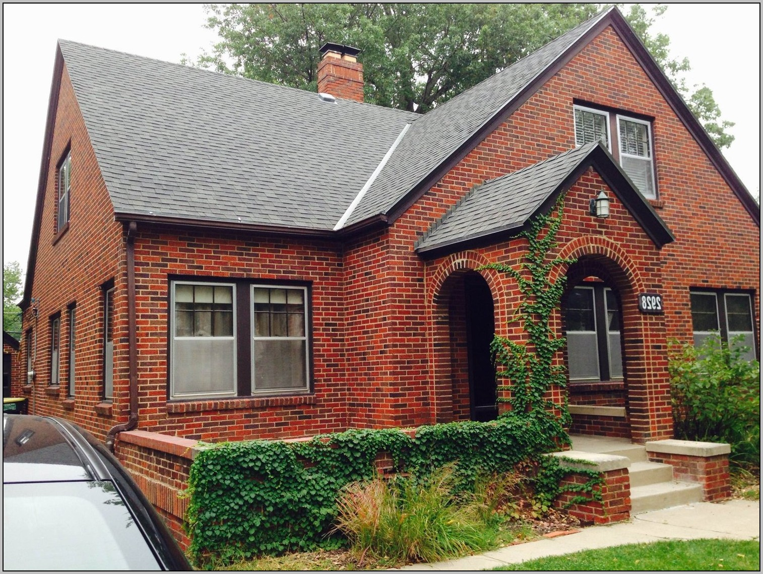 Exterior paint colors red brick | Hawk Haven on Brick House Painting Ideas  id=57890