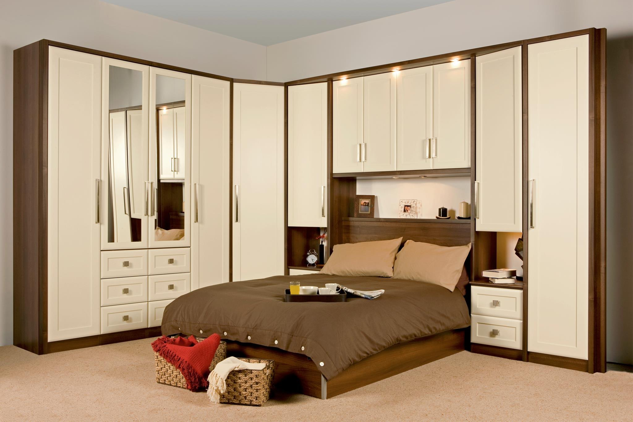 Fitted bedroom furniture designs Fitted bedroom furniture