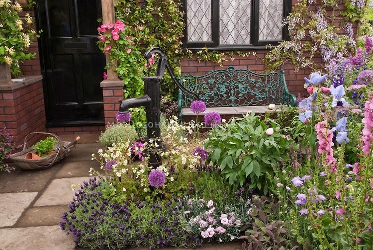 flower garden entrance ideas photo - 8