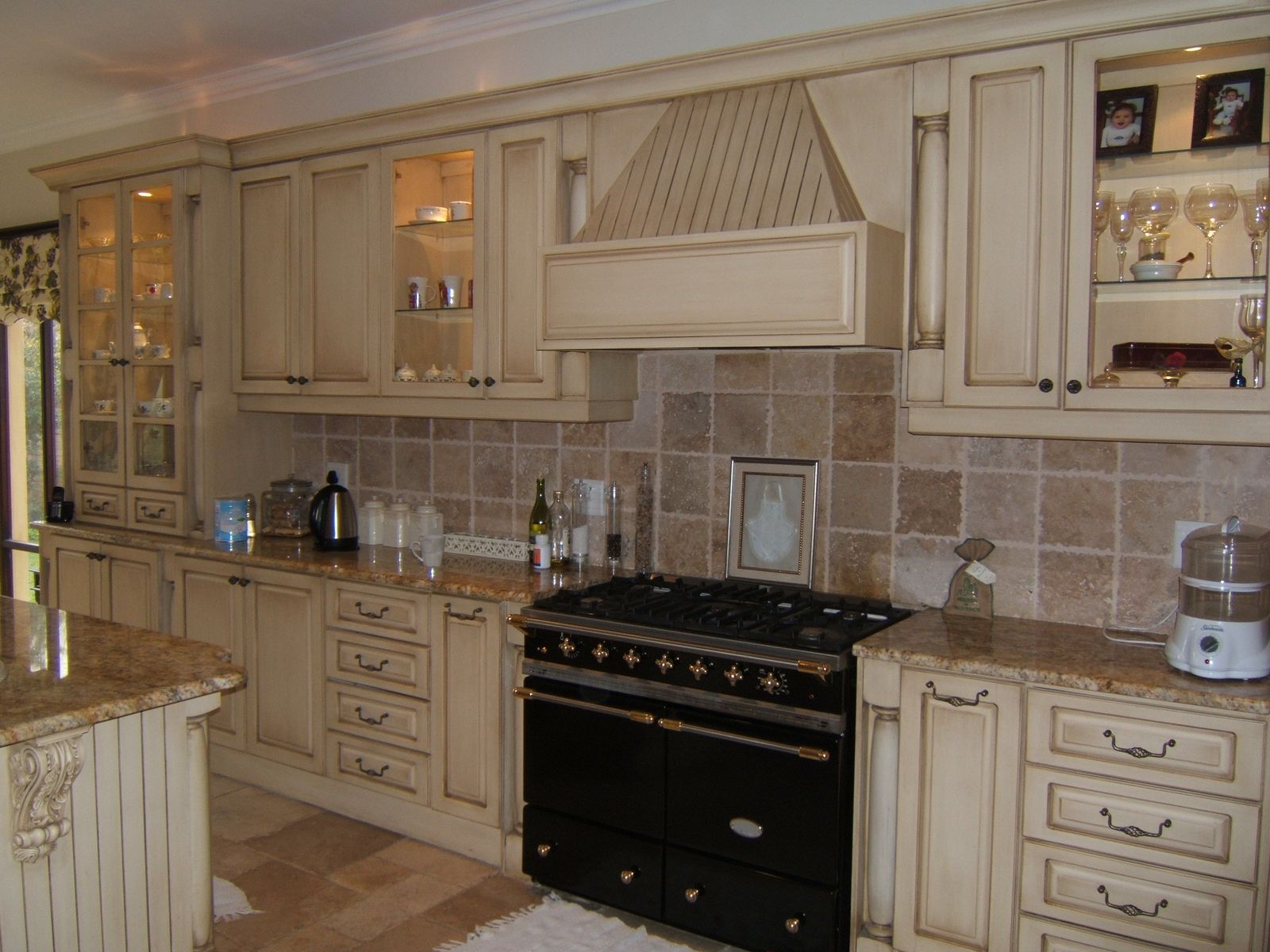 french country kitchen backsplash photo - 9