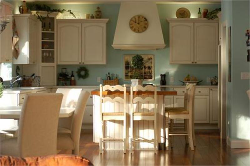 french country kitchen wall decor photo - 2