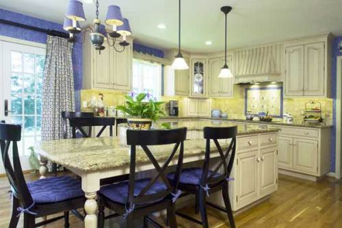 french country kitchen yellow blue photo - 5