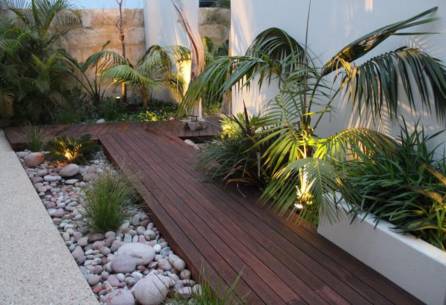 garden design and ideas tropical photo - 6