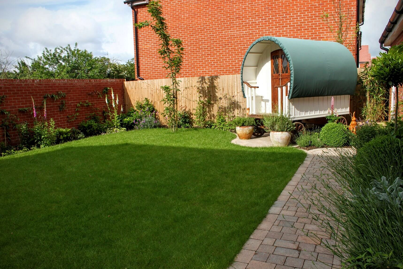 garden design ideas for new houses photo - 4