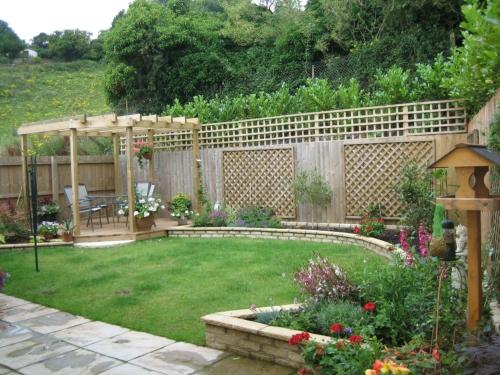 garden design ideas for small backyards photo - 1