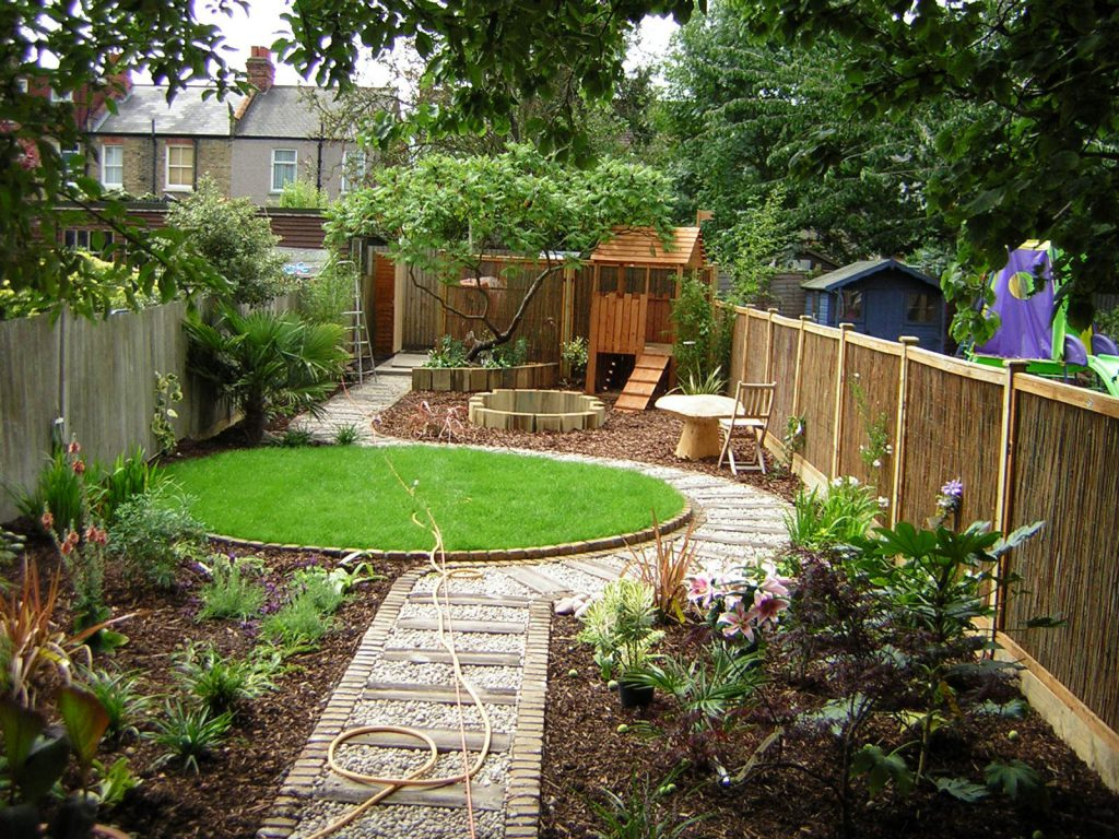 garden design ideas long thin photo - 4