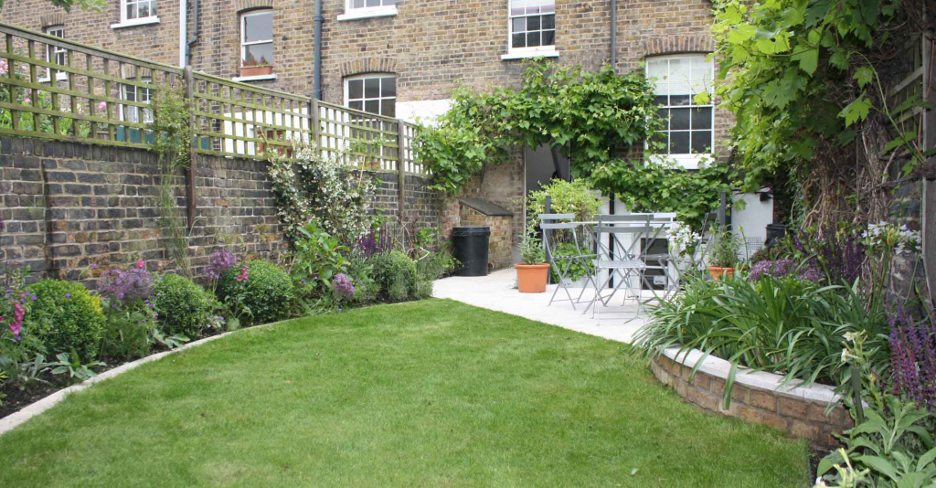 garden design ideas long thin photo - 6