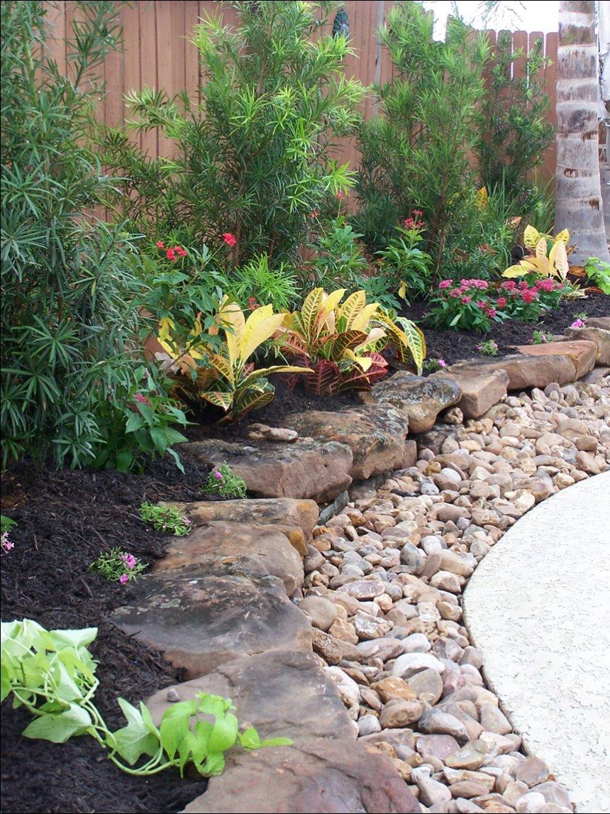 garden design ideas using gravel photo - 2