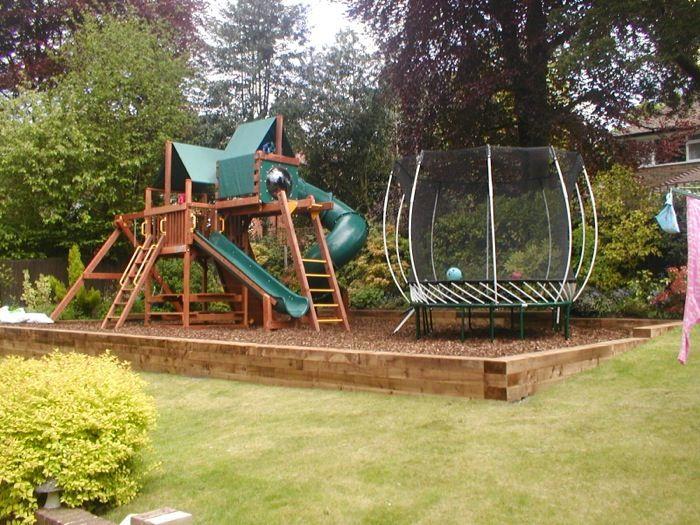 garden design ideas with childrenメs play area photo - 9