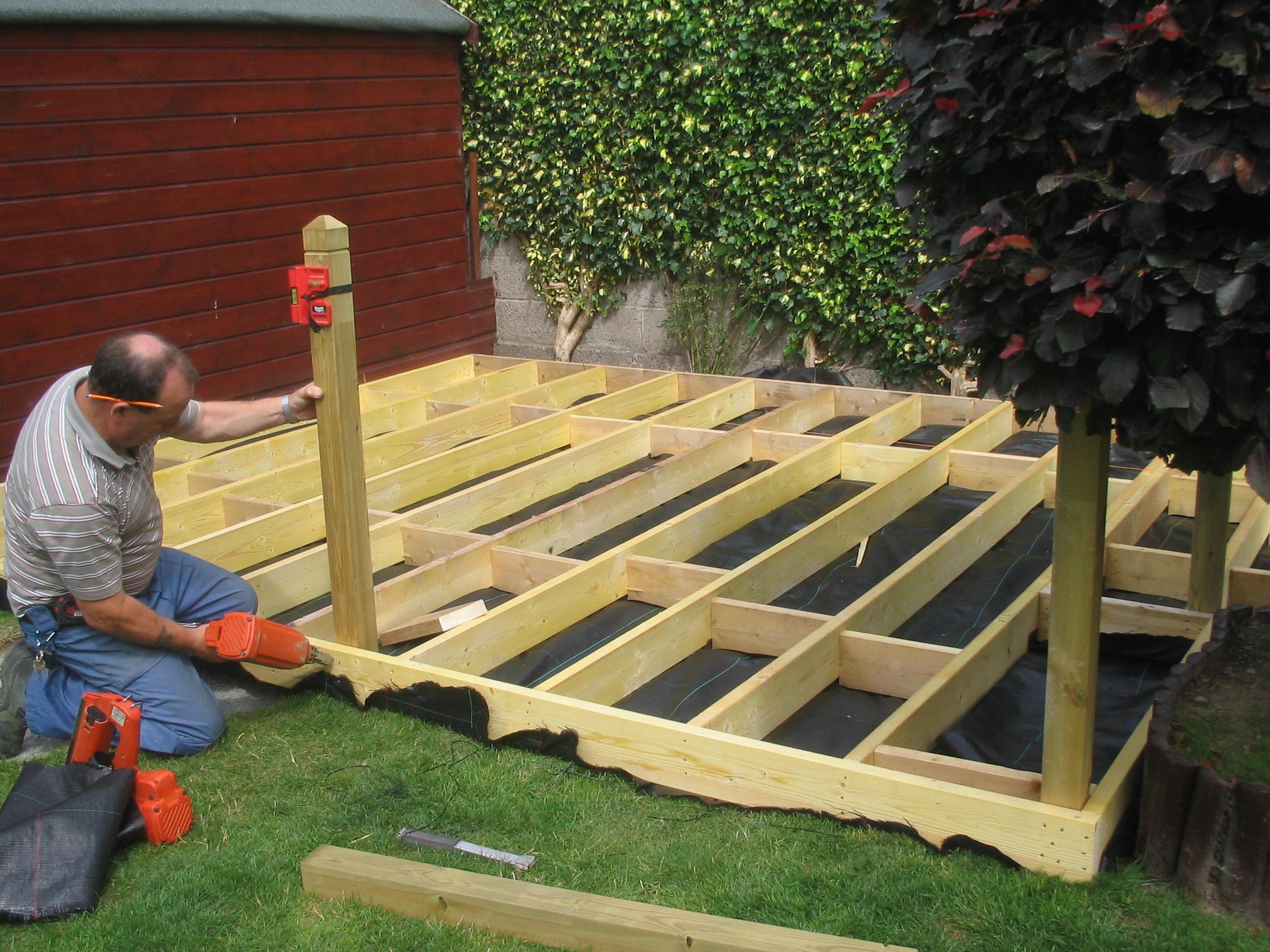 Garden design ideas with decking | Hawk Haven