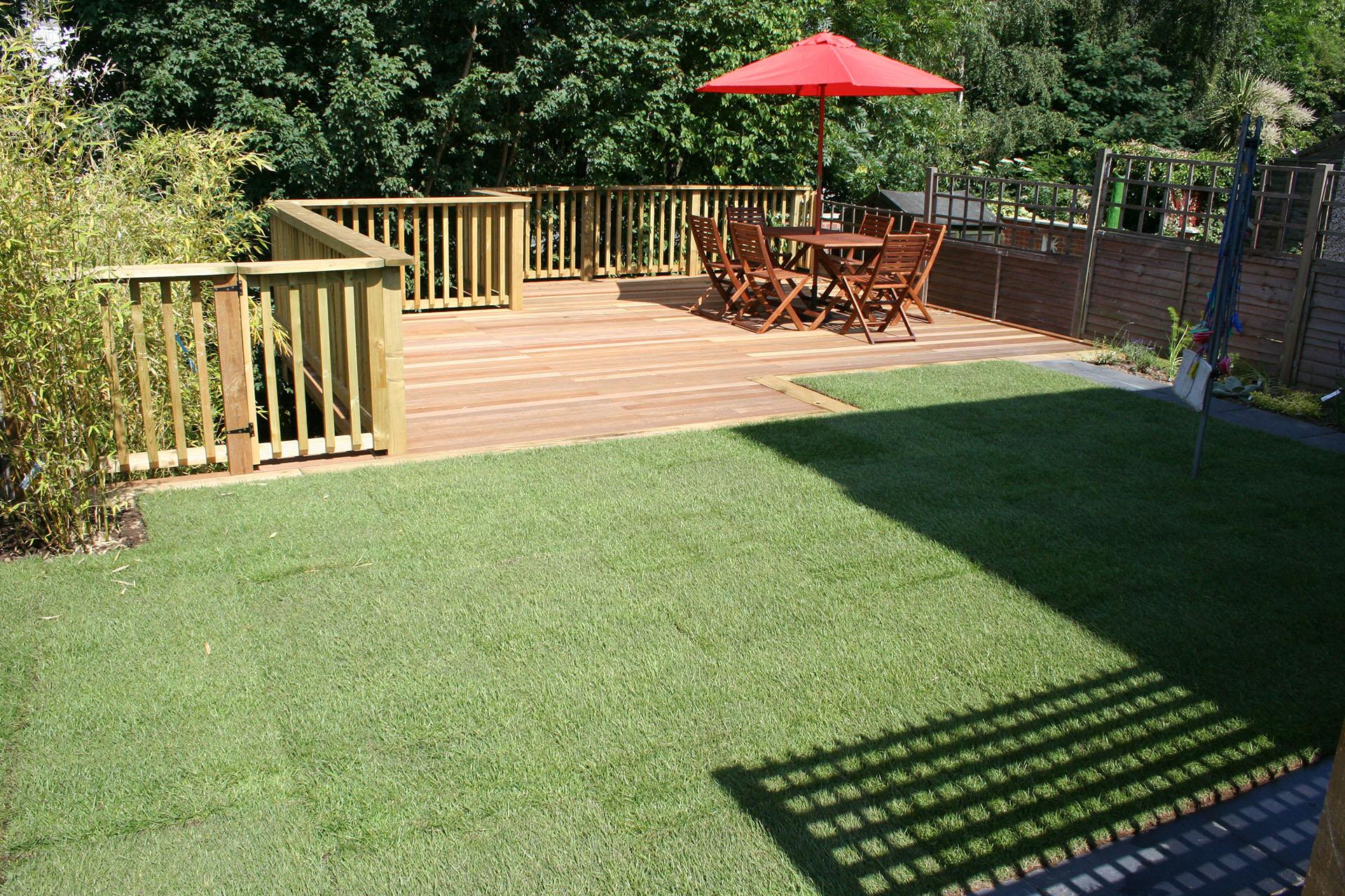 garden design ideas with decking photo - 7