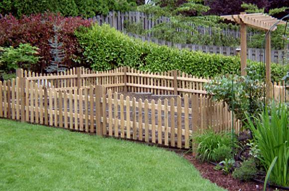 garden fencing ideas for dogs photo - 3