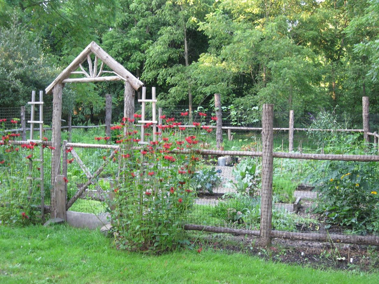 garden fencing ideas photos photo - 5