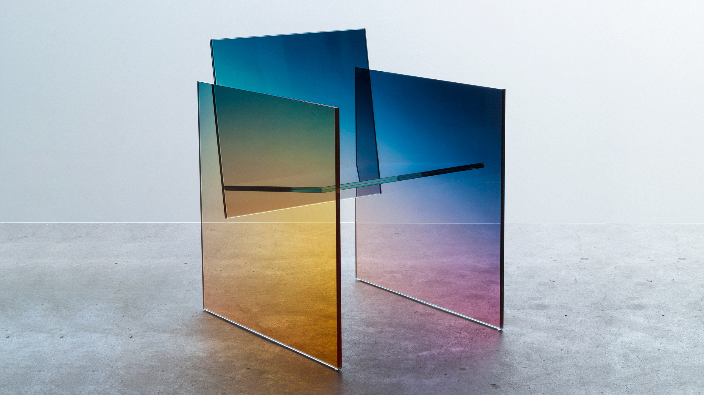 glass furniture design photo - 5