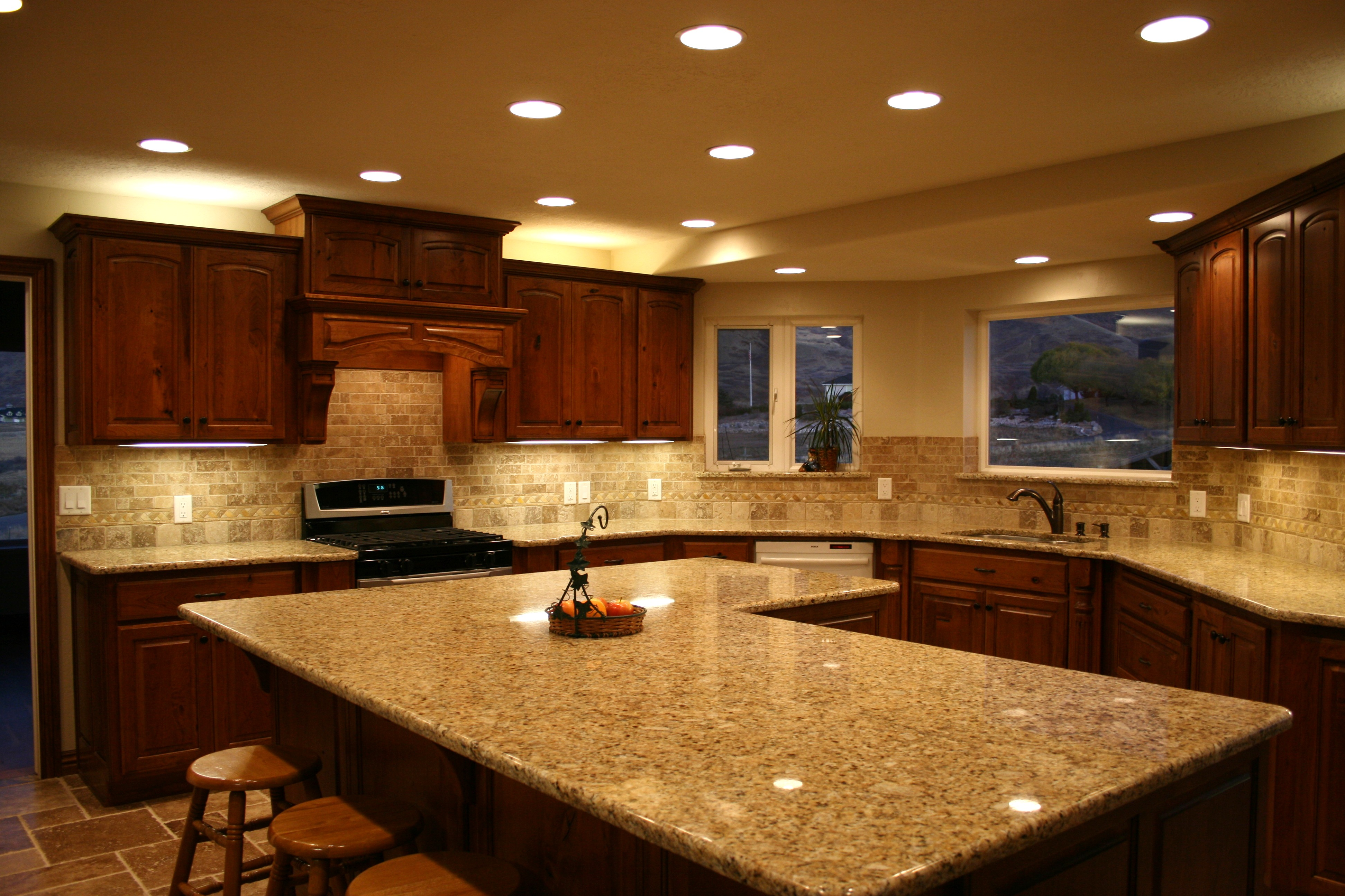 granite kitchen pics photo - 6