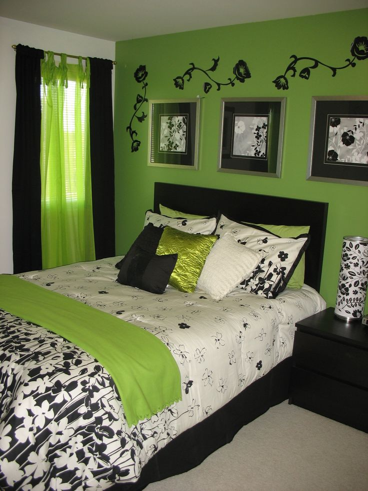 green and black bedroom design photo - 1