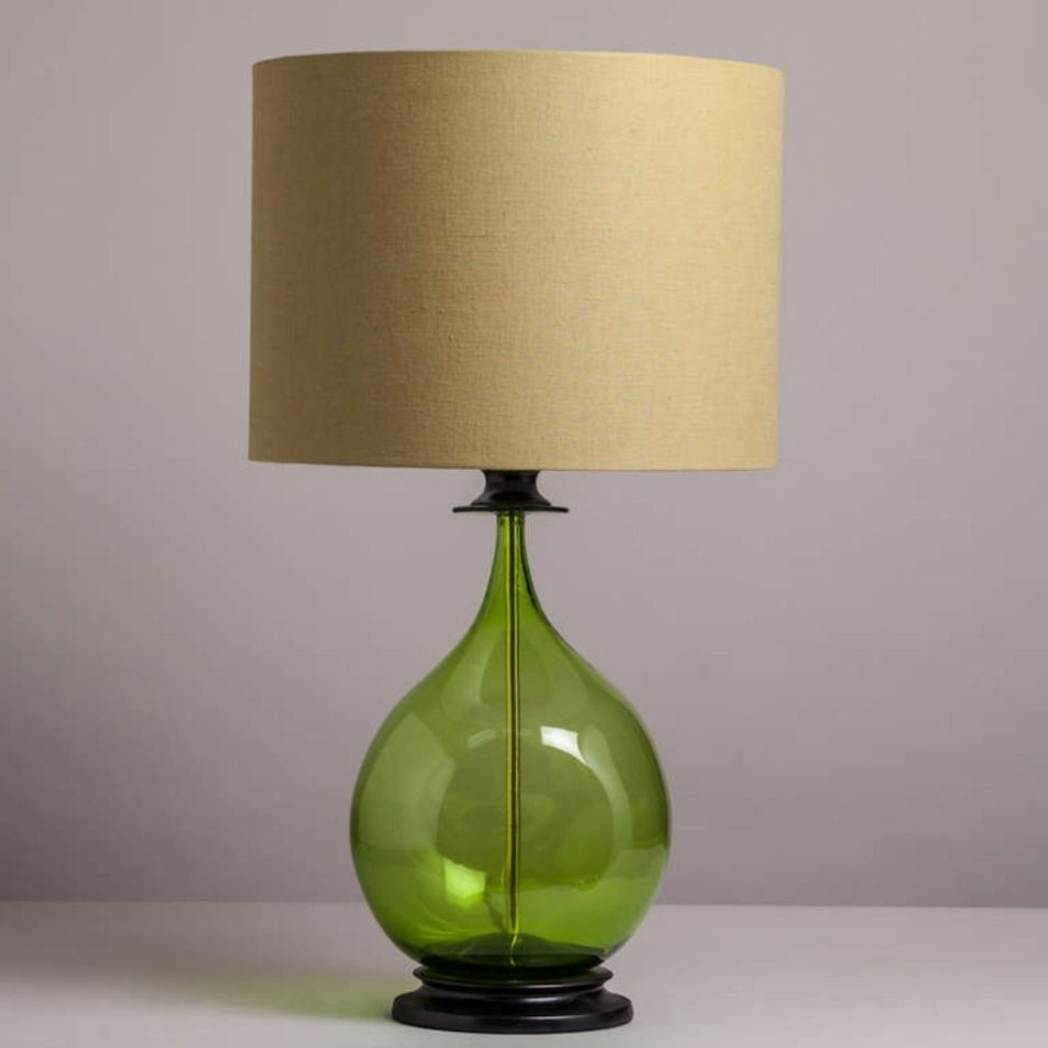 green bedroom lamp photo - 1