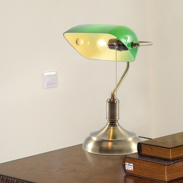 green bedroom lamp photo - 10
