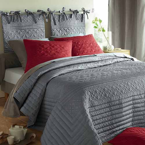 grey bedding ideas photo - 10