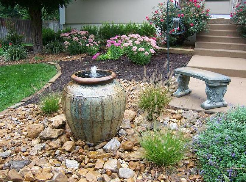 homemade garden fountain ideas photo - 1
