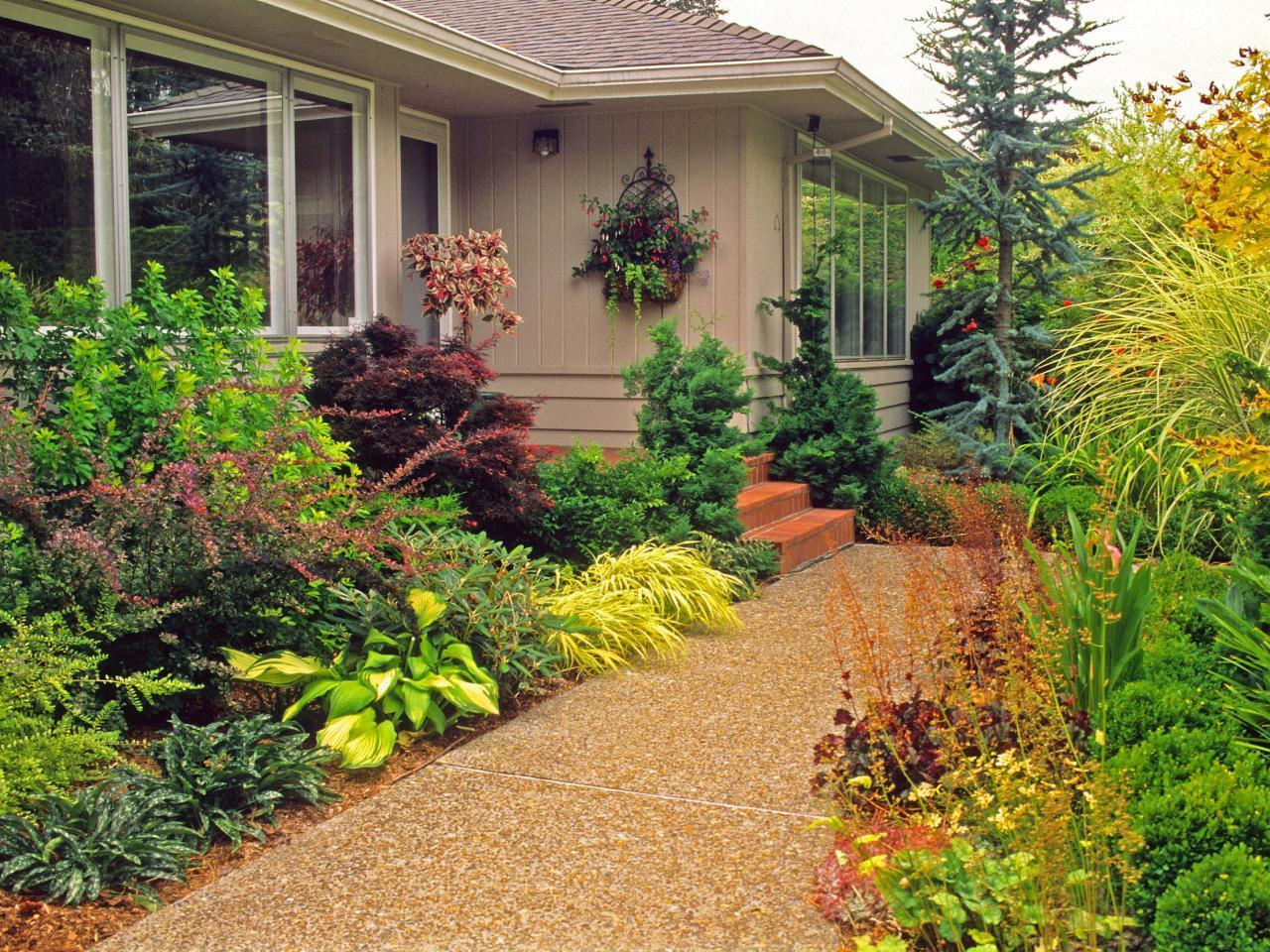 house entrance garden ideas photo - 9