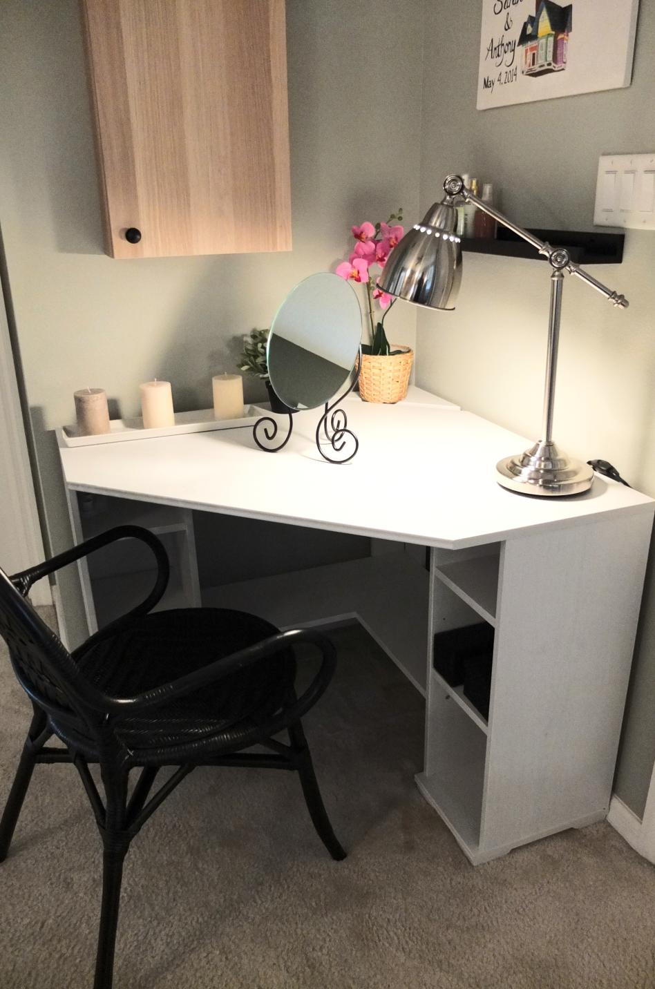 ikea bedroom furniture desk photo - 5