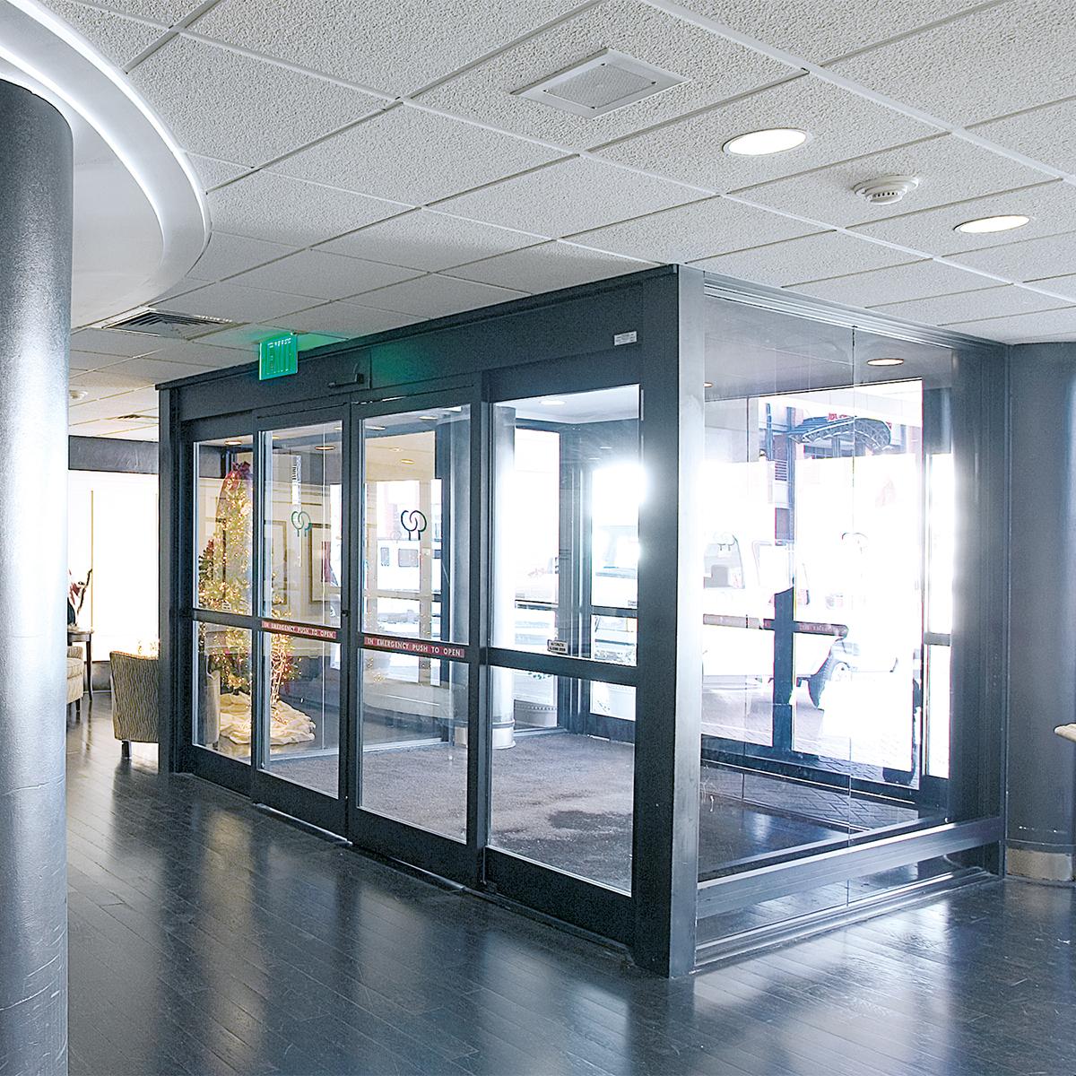 interior electric sliding doors photo - 3