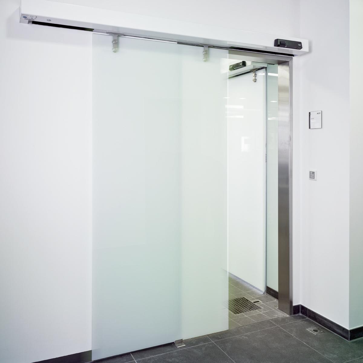 interior electric sliding doors photo - 4
