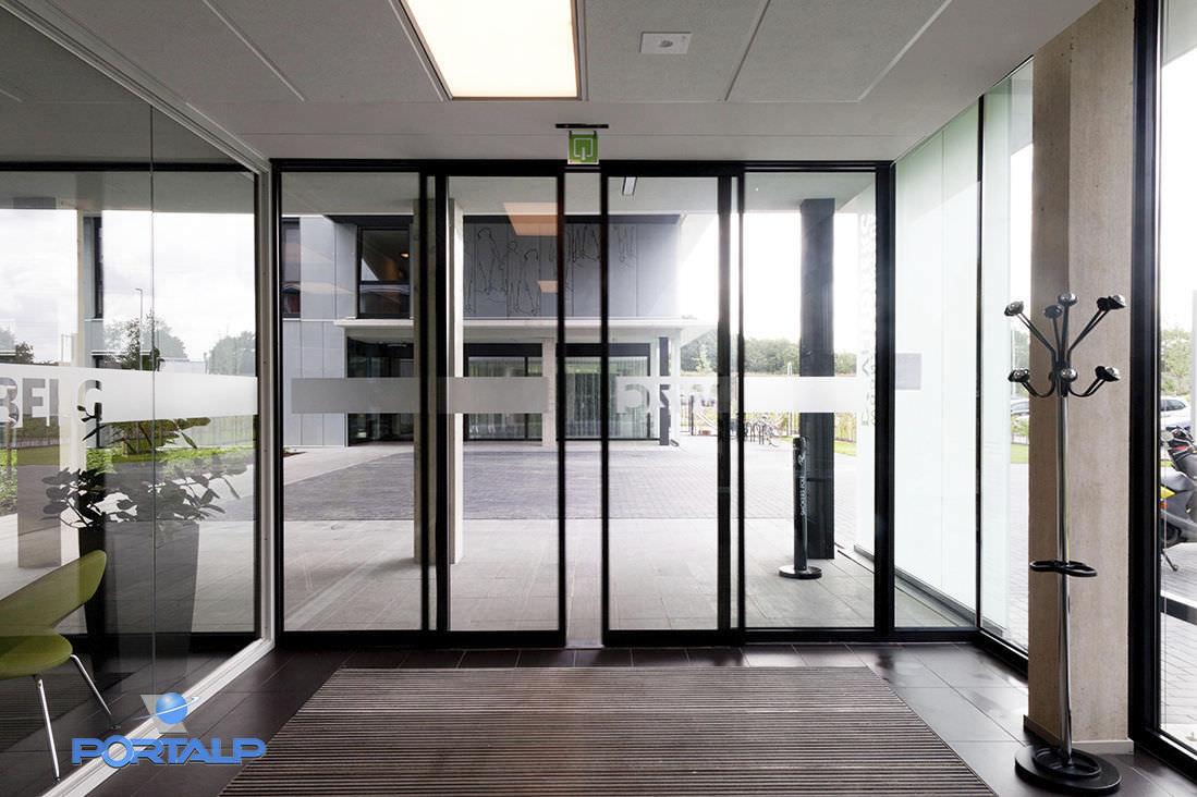 interior electric sliding doors photo - 7