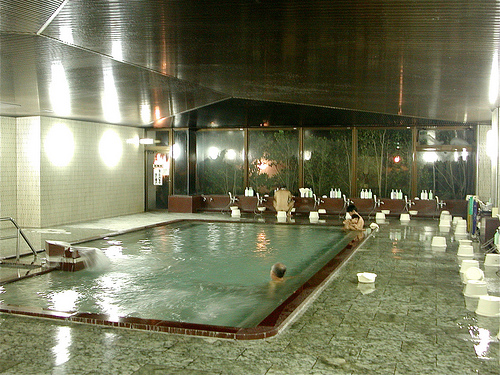 japanese bath house interior photo - 5