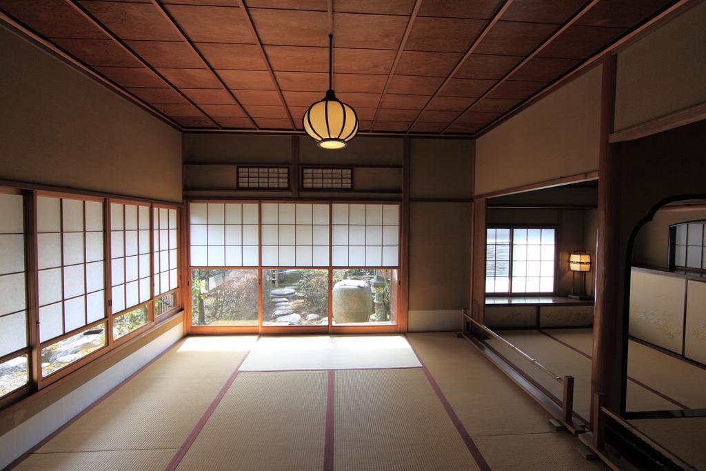 japanese style house interior photo - 10