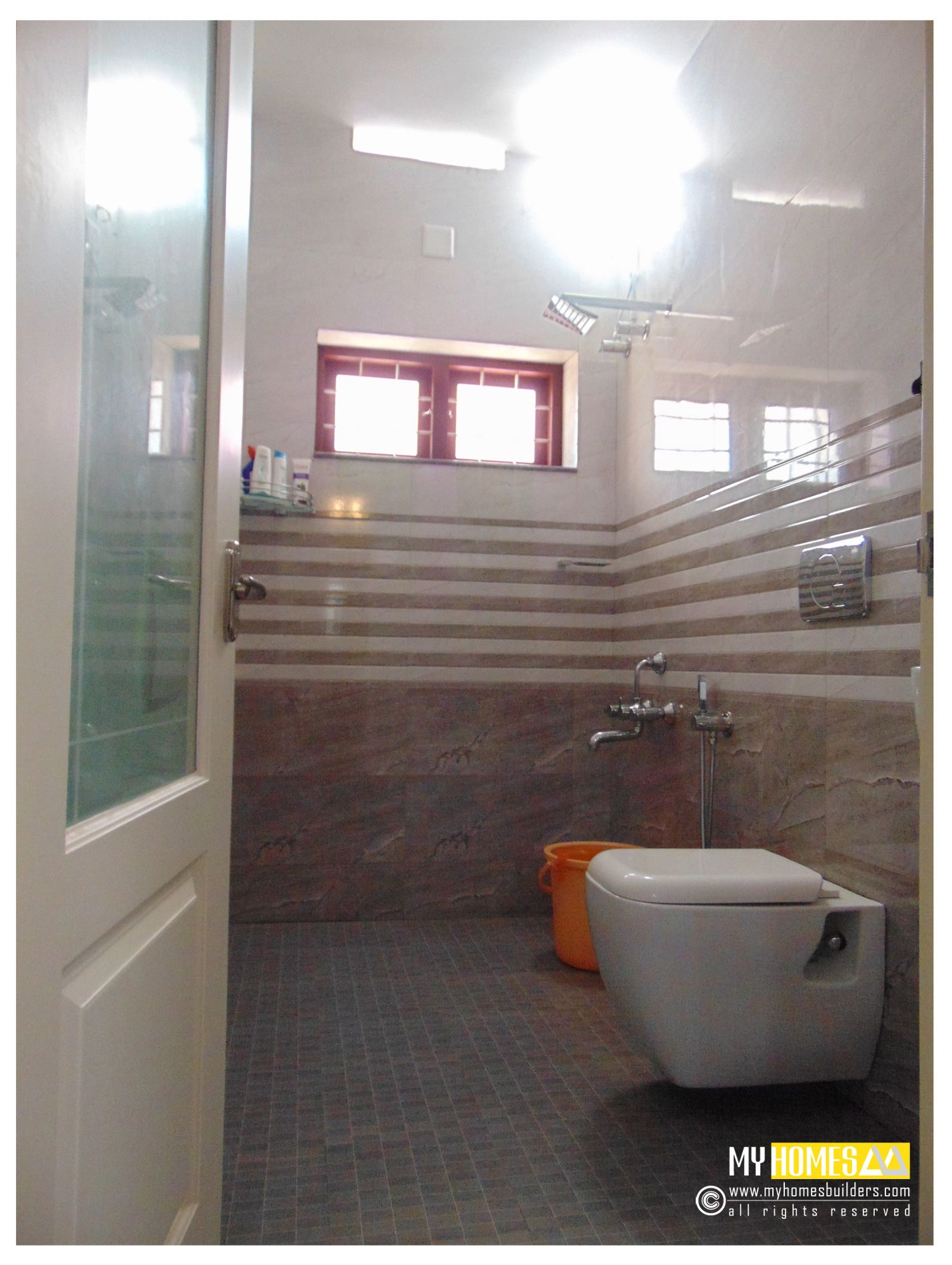 kerala home bathroom designs photo - 1