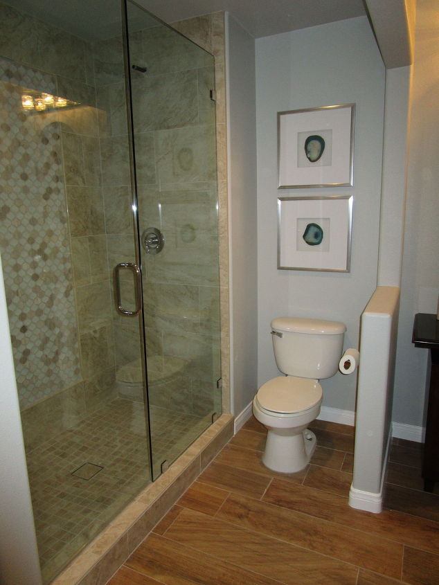 kids and guest bathroom ideas photo - 7