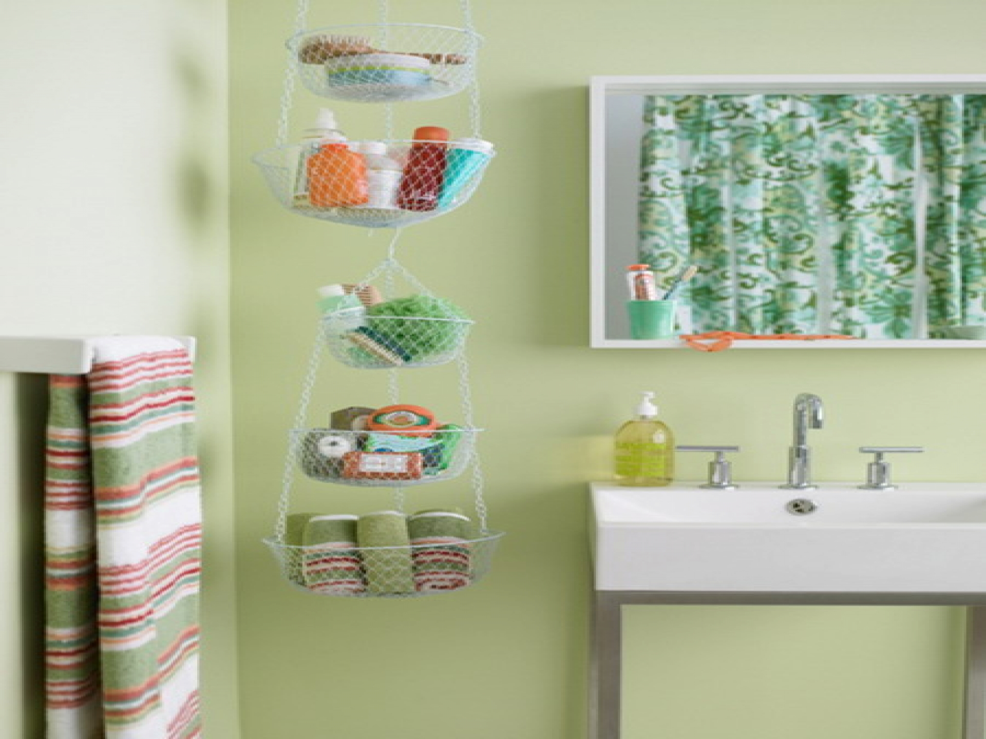 kids bathroom ideas small spaces photo - 2