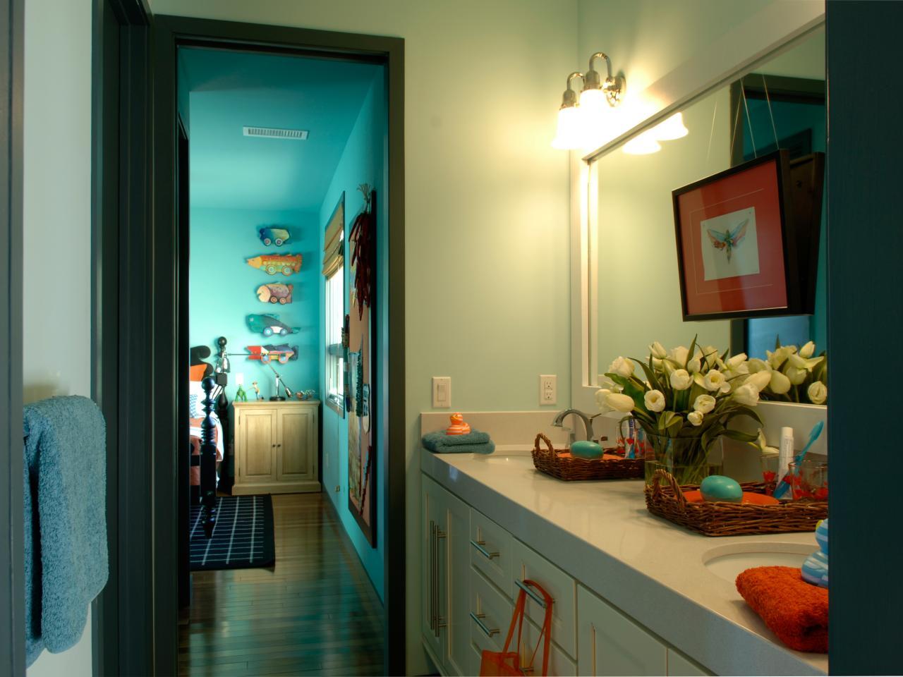 kids jack and jill bathroom ideas photo - 1